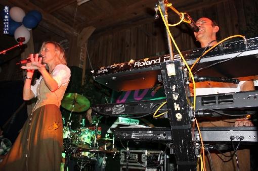 http://joy-livemusic.de/pixlie/cache/vs_2011-09-25%20Oktoberfest%20Neida_joy_008.jpg