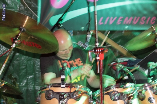 http://joy-livemusic.de/pixlie/cache/vs_2011-09-25%20Oktoberfest%20Neida_joy_012.jpg